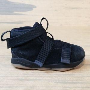 Nike lebron James Soldier Sneakers Kids